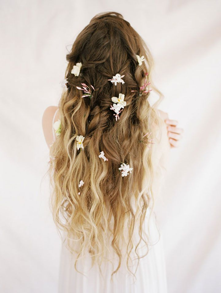 Hawaiian-beach-curls-hairstyles 12 Wedding Day Killer Hairstyles for Curly Hair
