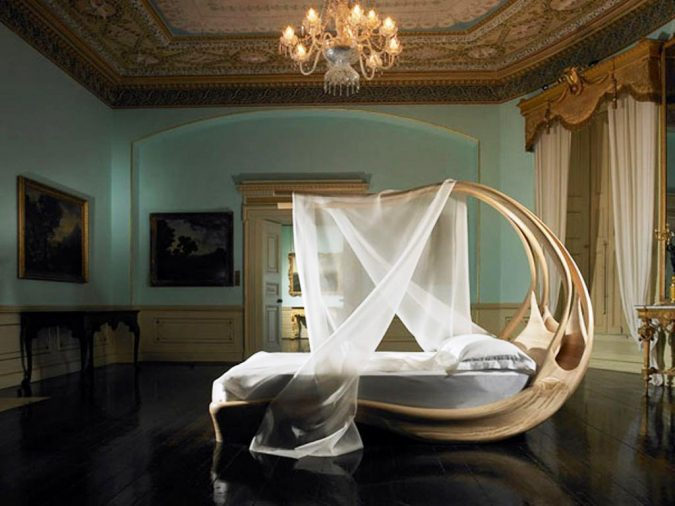 Modern-Canopy-Bed-Frame-675x506 Canopy Beds through History... 35+ Bedroom Designs