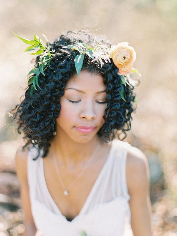 Natural-flower-crown-wedding-hairstyle 12 Wedding Day Killer Hairstyles for Curly Hair