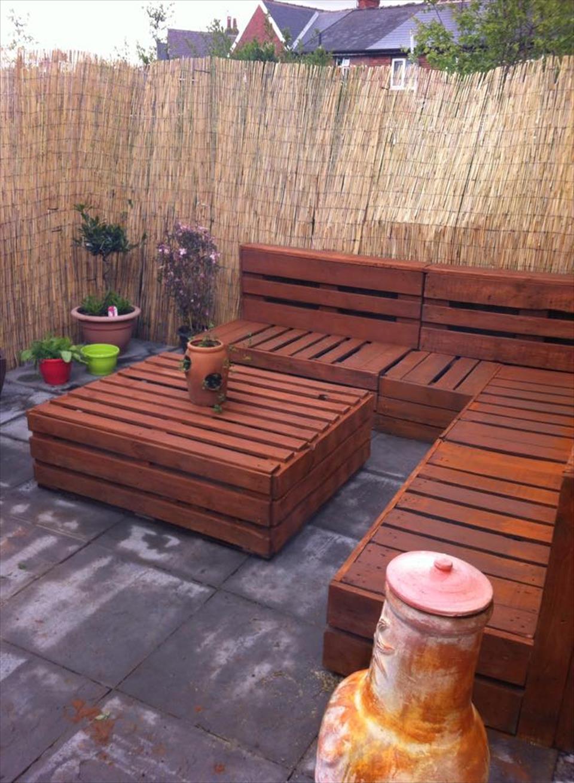 Pallet-bench-garden-benches 15 killer Garden Bench Decoration Ideas