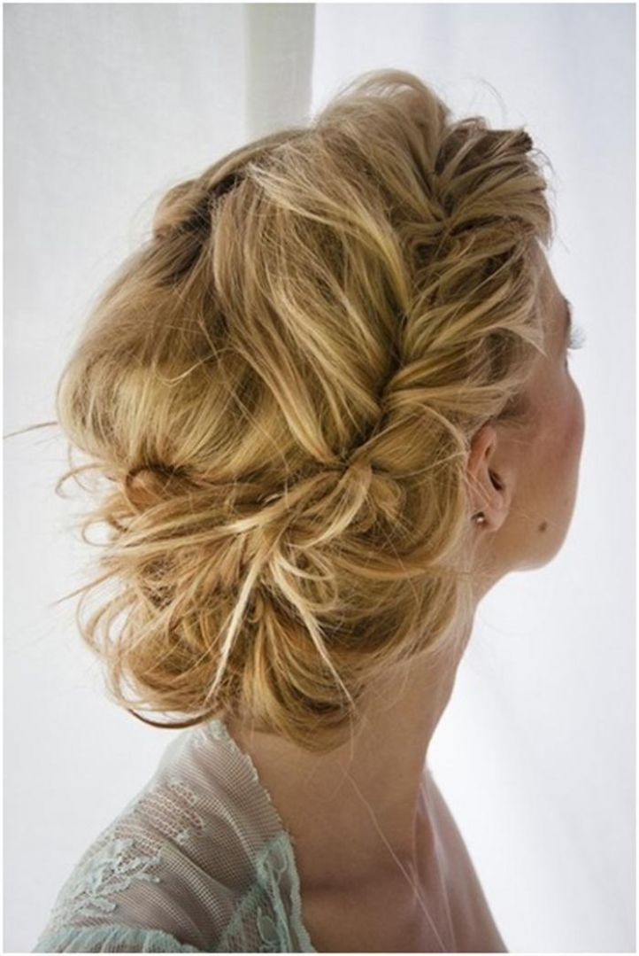 The-Goddess-Updo-wedding-hairstyles-1 12 Wedding Day Killer Hairstyles for Curly Hair