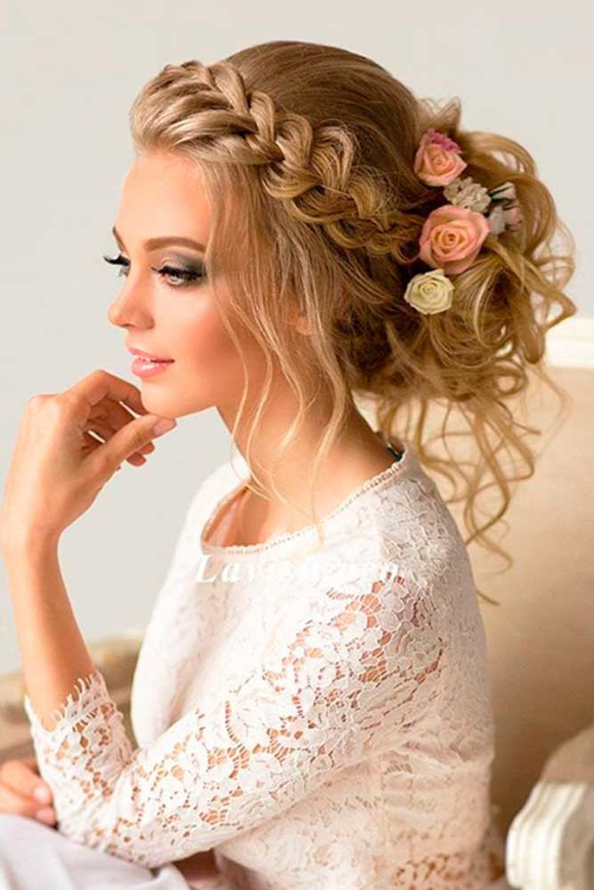 The-Goddess-Updo-wedding-hairstyles 12 Wedding Day Killer Hairstyles for Curly Hair