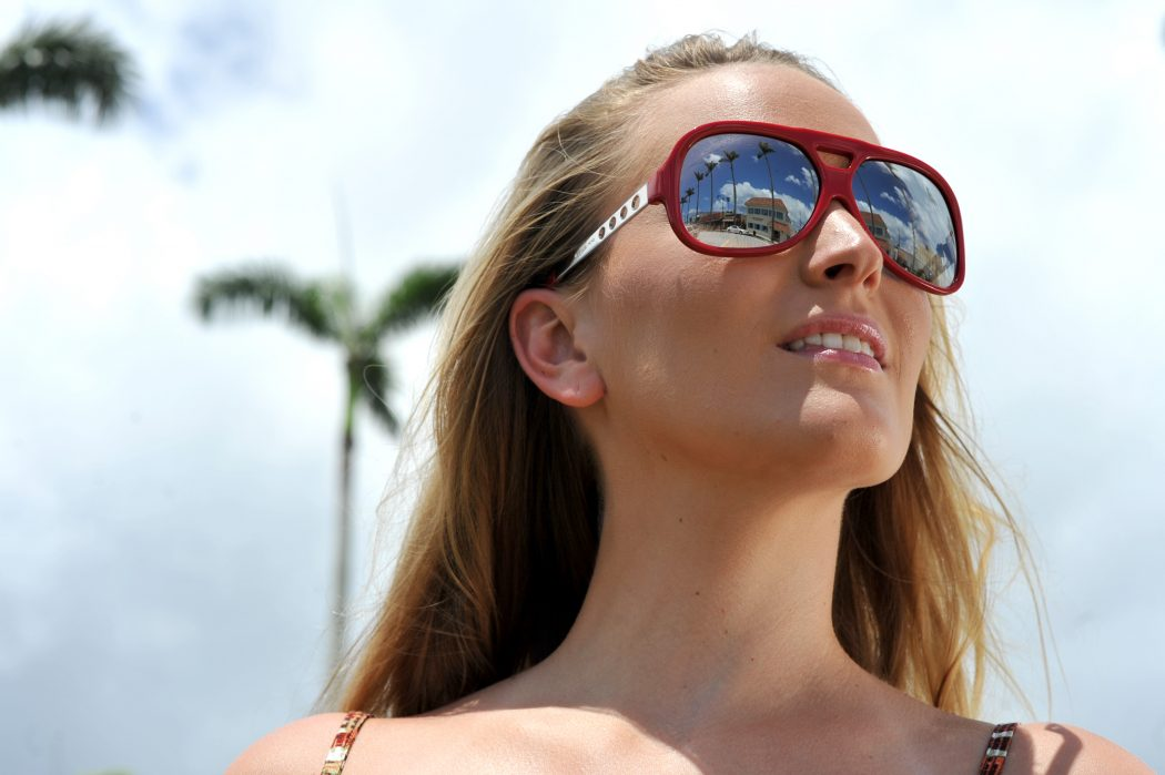 Wear-sunglasses Get Whiter Eye Whites with These 7 Exclusive Tips!