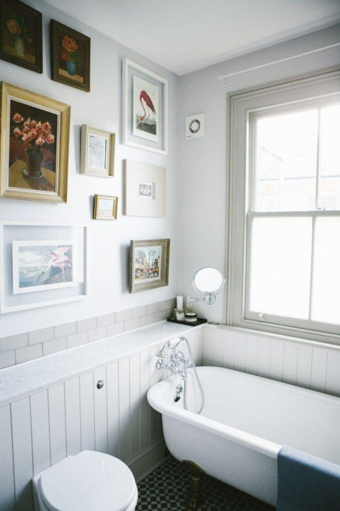 bathroom-gallery-bathroom-wall-art-675x1013 7 Unique Ways to Get Luxury Hotel Bathroom at Home