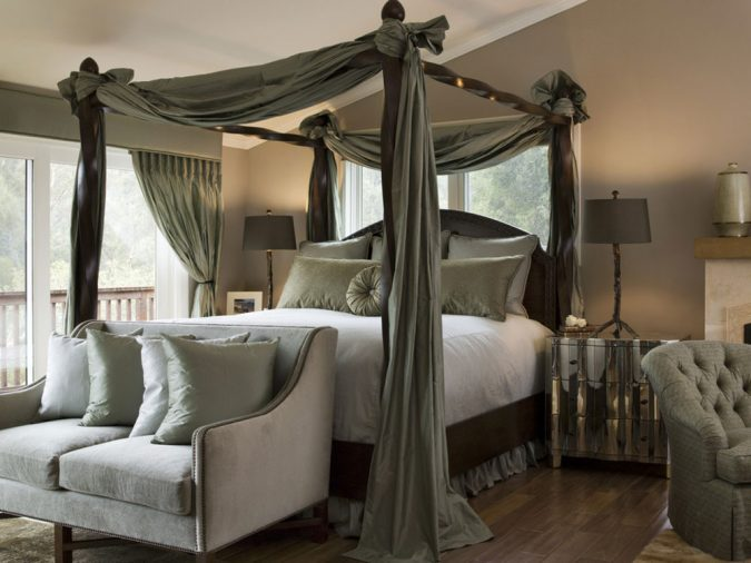 canopy-bed-bedroom-interior-design-4-675x506 Canopy Beds through History... 35+ Bedroom Designs