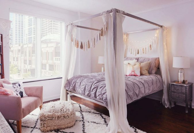 canopy-bed-bedroom-interior-design-7-675x461 Canopy Beds through History... 35+ Bedroom Designs