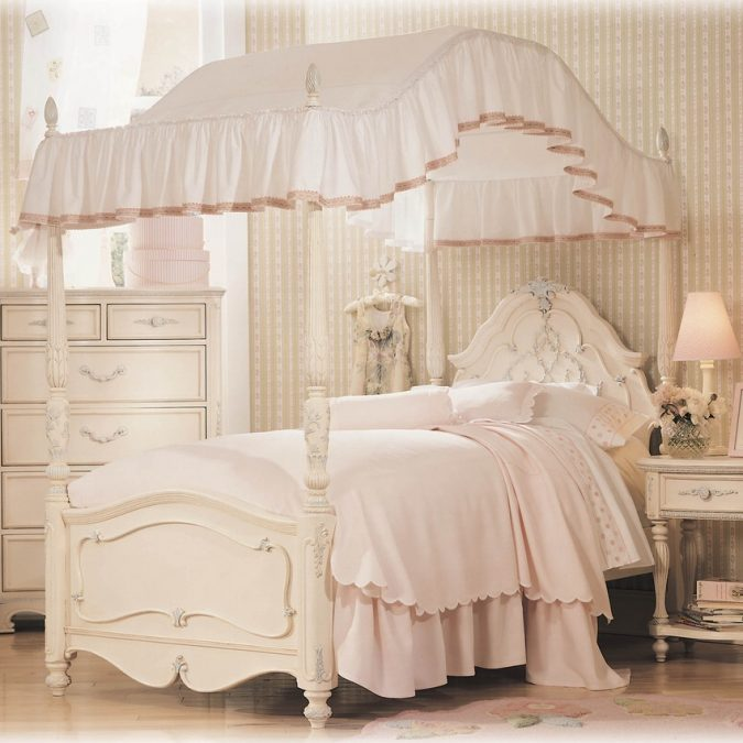 canopy-bed-children-bedroom-2-675x675 Canopy Beds through History... 35+ Bedroom Designs