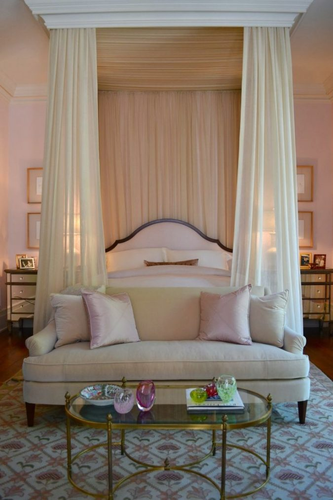 canopy-bed-luxurious-bedrooms-675x1013 Canopy Beds through History... 35+ Bedroom Designs