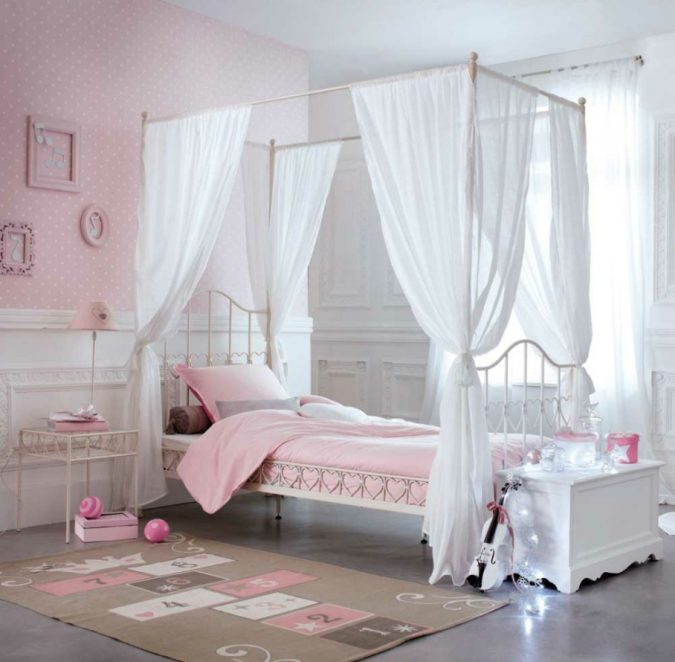 children-canopy-bedroom-675x662 Canopy Beds through History... 35+ Bedroom Designs