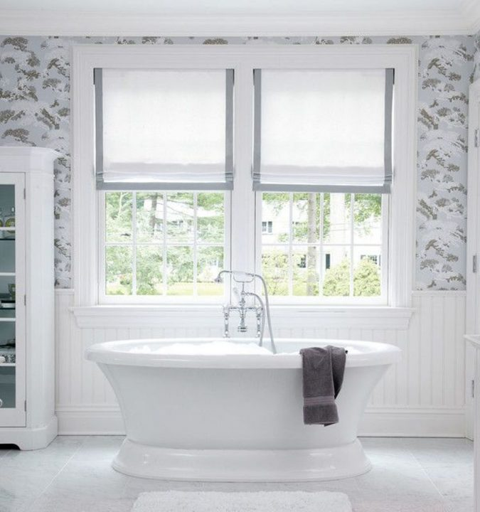 curtains-bathroom-window-treatments-675x720 7 Unique Ways to Get Luxury Hotel Bathroom at Home