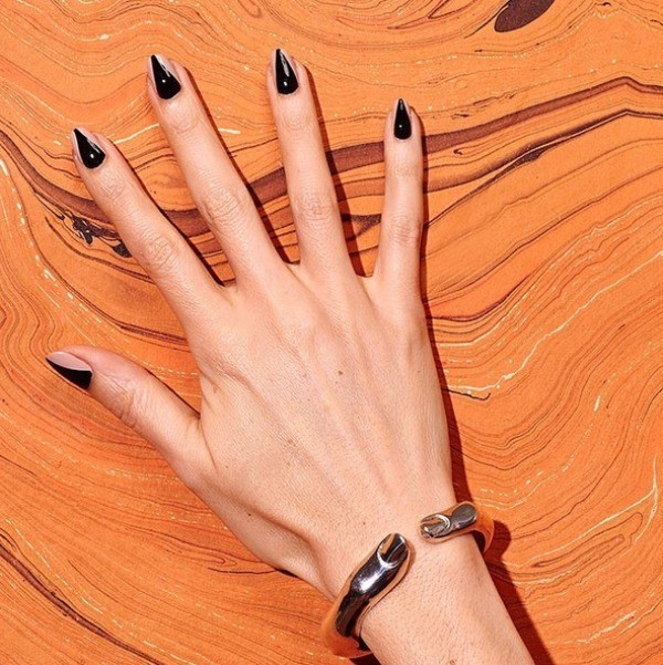 halloween-nail-ideas-106 89+ Seriously Spooky Halloween Nail Art Ideas