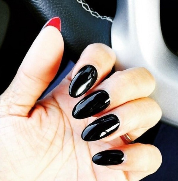 halloween-nail-ideas-113 89+ Seriously Spooky Halloween Nail Art Ideas