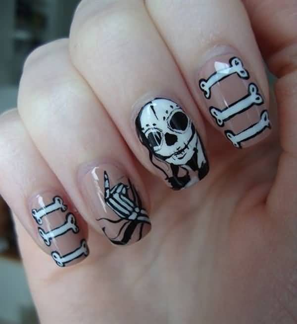 halloween-nail-ideas-123 89+ Seriously Spooky Halloween Nail Art Ideas
