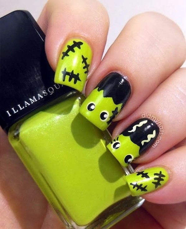 halloween-nail-ideas-132 89+ Seriously Spooky Halloween Nail Art Ideas