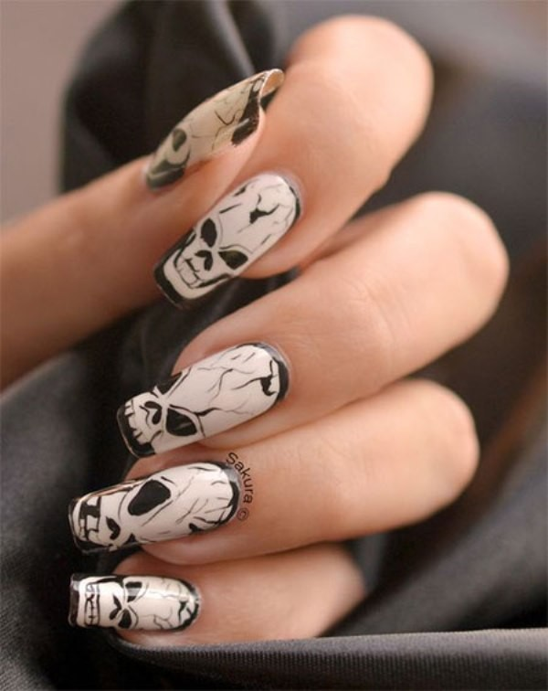 halloween-nail-ideas-136 89+ Seriously Spooky Halloween Nail Art Ideas