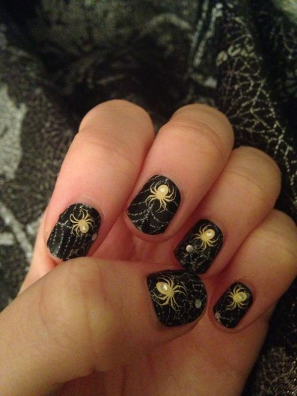 halloween-nail-ideas-148 89+ Seriously Spooky Halloween Nail Art Ideas