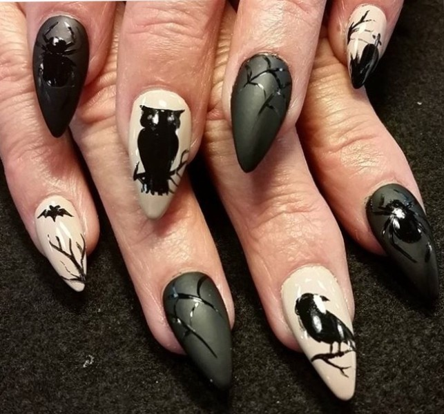 halloween-nail-ideas-179 89+ Seriously Spooky Halloween Nail Art Ideas