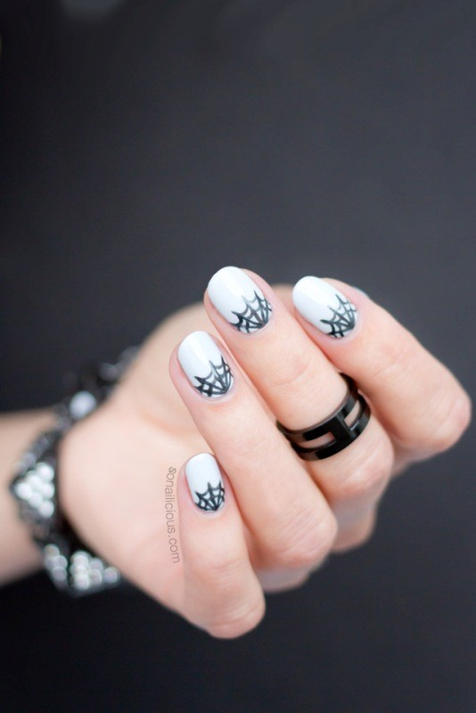 halloween-nail-ideas-19 89+ Seriously Spooky Halloween Nail Art Ideas
