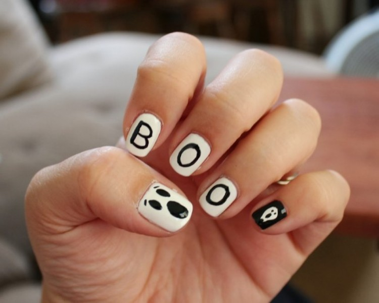 halloween-nail-ideas-190 89+ Seriously Spooky Halloween Nail Art Ideas