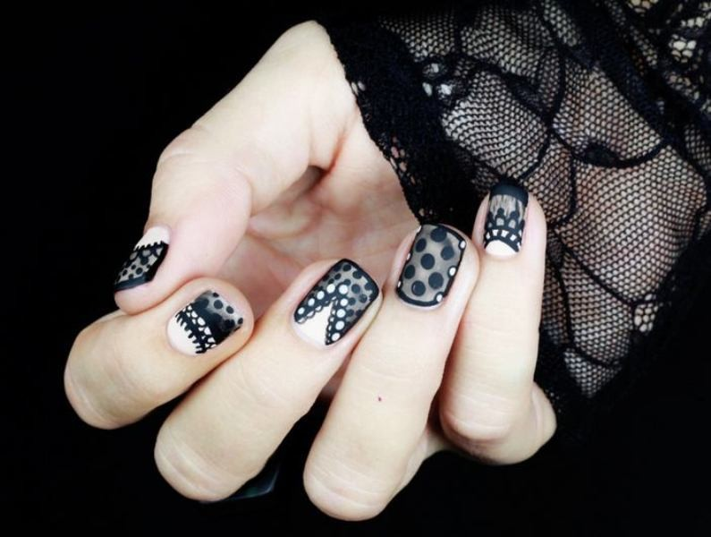 halloween-nail-ideas-195 89+ Seriously Spooky Halloween Nail Art Ideas