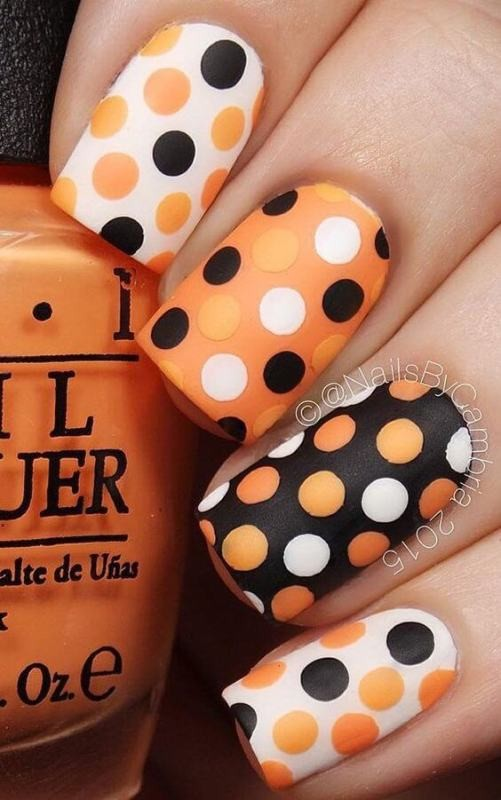 halloween-nail-ideas-2-1 89+ Seriously Spooky Halloween Nail Art Ideas