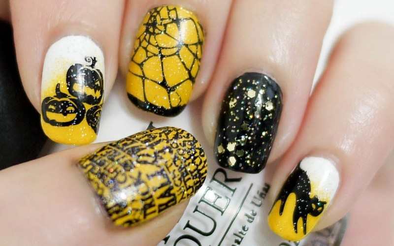 halloween-nail-ideas-202 89+ Seriously Spooky Halloween Nail Art Ideas