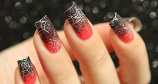 89+ Seriously Spooky Halloween Nail Art Ideas