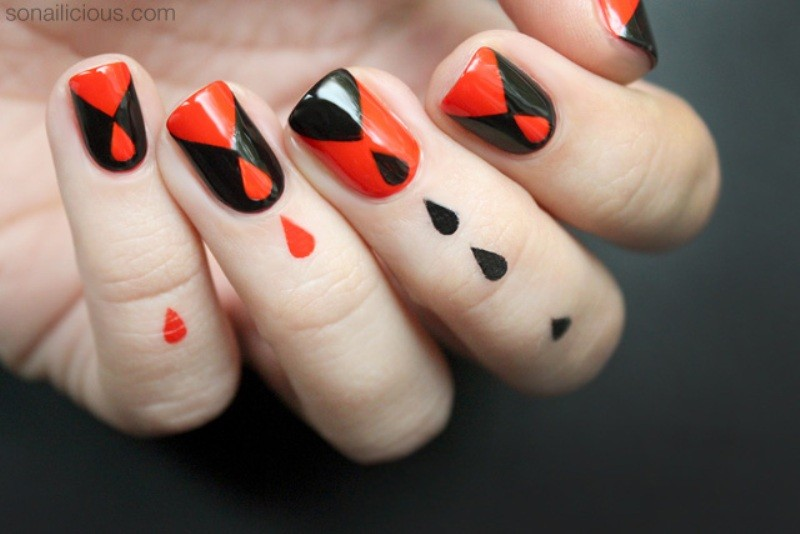 halloween-nail-ideas-207 89+ Seriously Spooky Halloween Nail Art Ideas