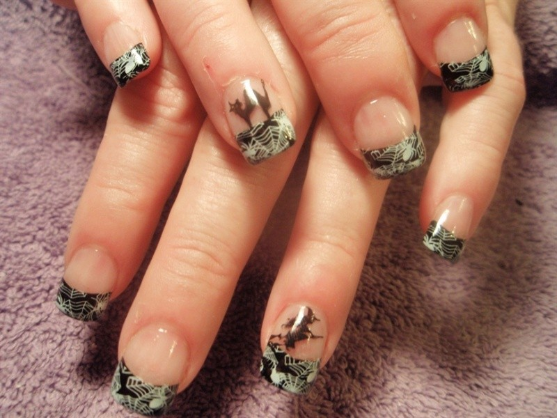 halloween-nail-ideas-220 89+ Seriously Spooky Halloween Nail Art Ideas
