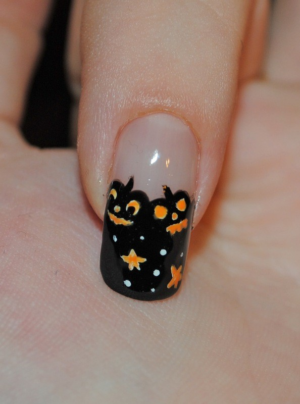 halloween-nail-ideas-27 89+ Seriously Spooky Halloween Nail Art Ideas