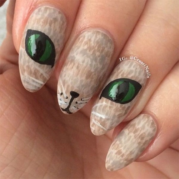 halloween-nail-ideas-37 89+ Seriously Spooky Halloween Nail Art Ideas