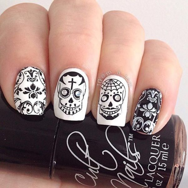 halloween-nail-ideas-53 89+ Seriously Spooky Halloween Nail Art Ideas