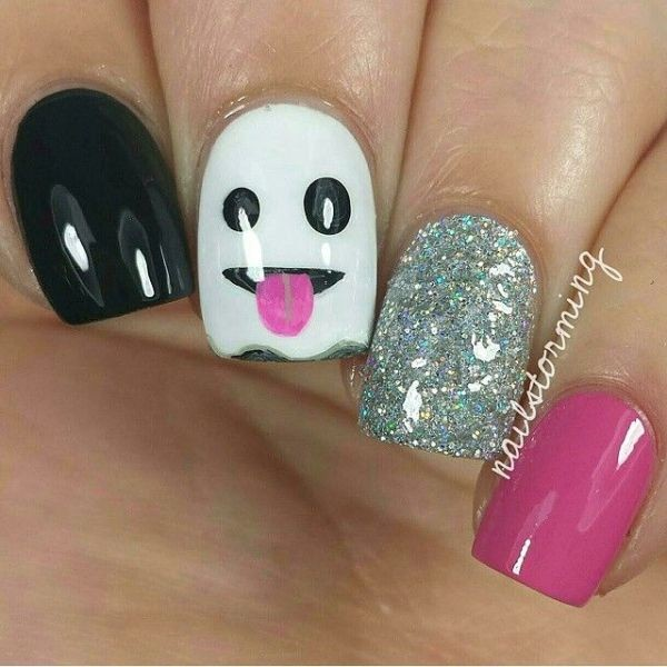 halloween-nail-ideas-57 89+ Seriously Spooky Halloween Nail Art Ideas