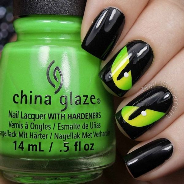halloween-nail-ideas-61 89+ Seriously Spooky Halloween Nail Art Ideas