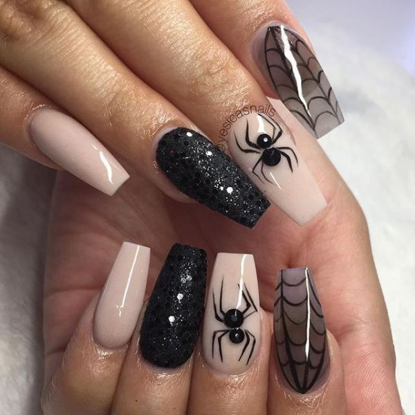 halloween-nail-ideas-63 89+ Seriously Spooky Halloween Nail Art Ideas