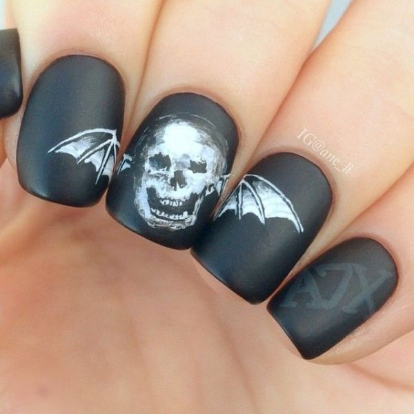 halloween-nail-ideas-64 89+ Seriously Spooky Halloween Nail Art Ideas