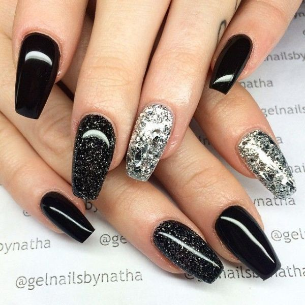 halloween-nail-ideas-65 89+ Seriously Spooky Halloween Nail Art Ideas