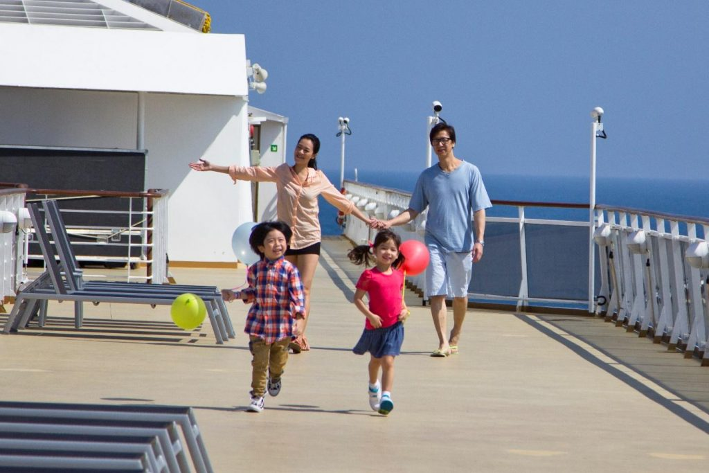 hassle-free-travel-1024x683 8 Reasons Why Your Next Holiday Should be a Cruise