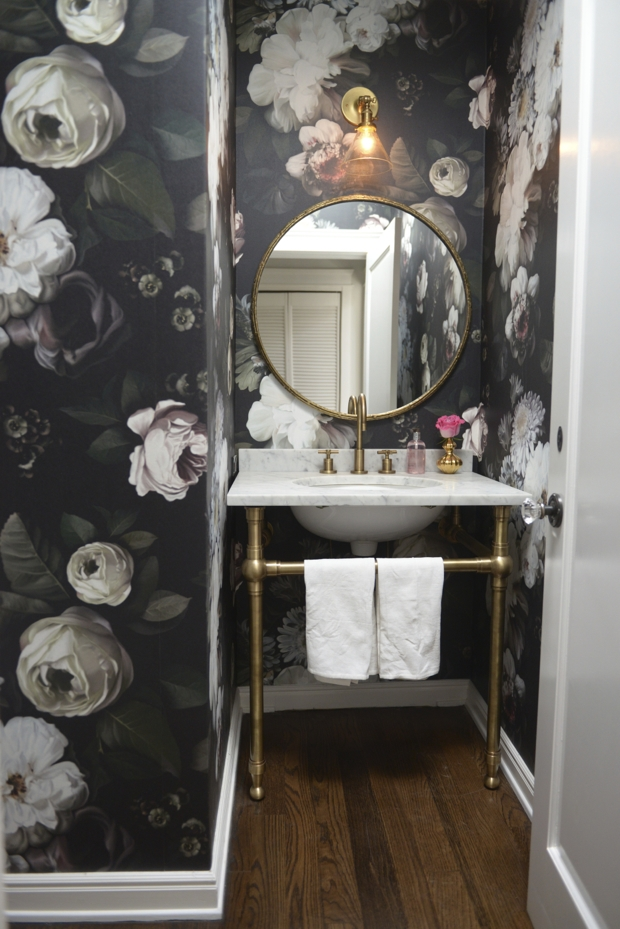powder-room-floral-wallpaper-2 Top 10 Stunning Powder Room Decorating Ideas for 2018