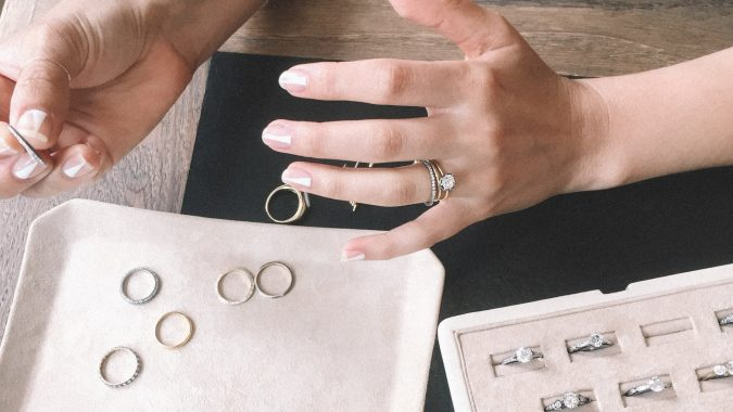 Consider-your-budget-675x380 3 Best Ways to Choose an Engagement Ring for 2018