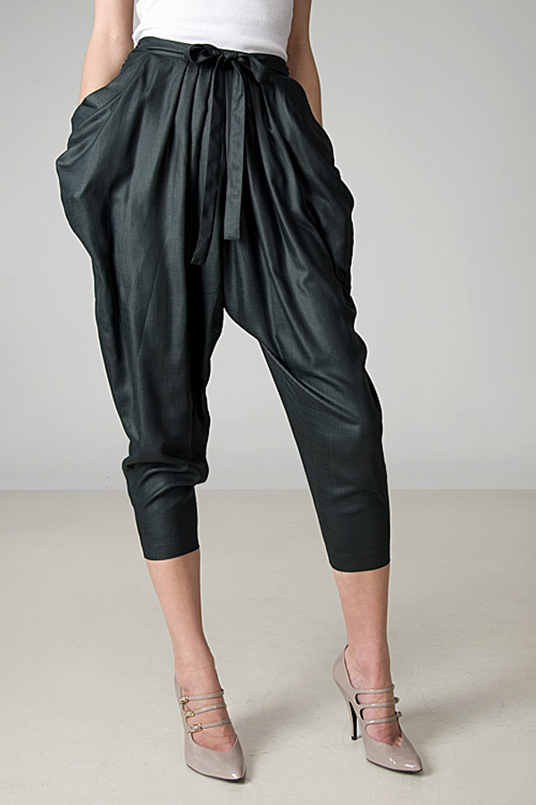 Harem-pants-1 Know What's In and Out in the Fashion World