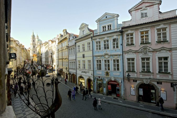 Mala-Strana-Prague-2-675x450 Top 10 Things to Do in Prague Evenings