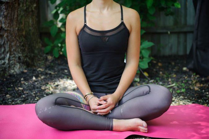 Teeki-Yoga-Pants-1-675x449 Top 10 Best Selling Yoga Products in 2018