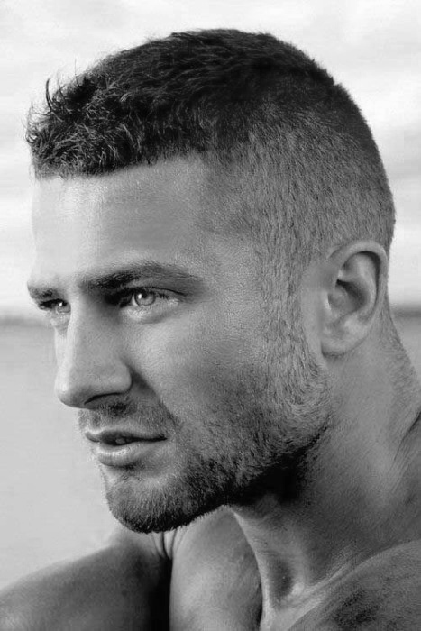 buzz 10 Hairstyles Will Suit Men with Oval Faces