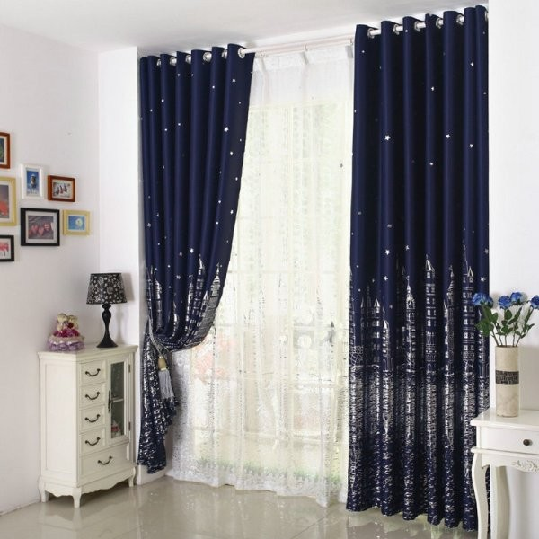 catchy-prints-and-patterns-11 7 Luxurious Blackout Curtain Ideas That Will Turn Your Window into a Piece of Art