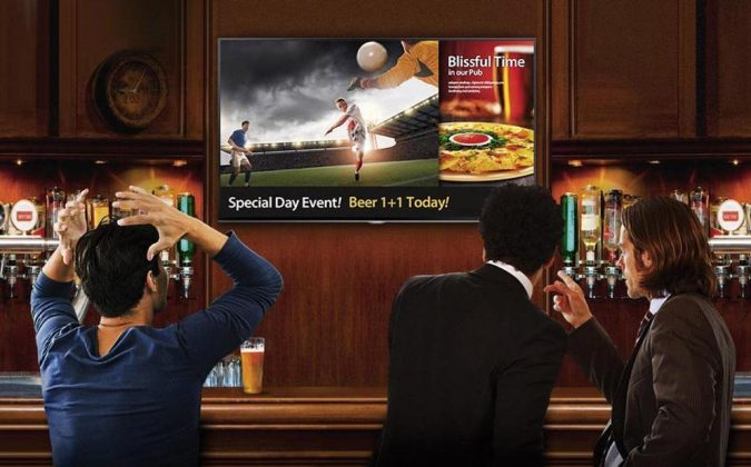 combination-of-TV-and-digital-signage-675x420 7 Reasons Digital Signage Gets Your Business More Customers