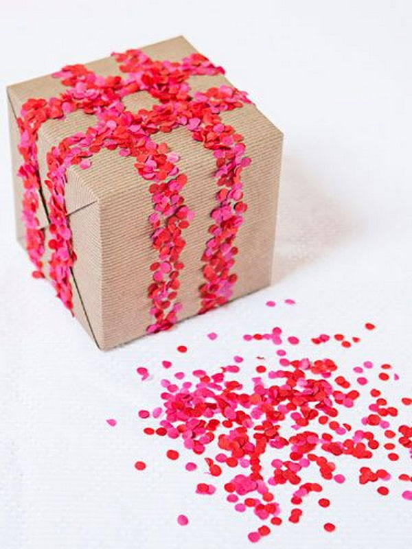 cool-gift-wrapping 15 Best Things to Consider Before Presenting a Gift