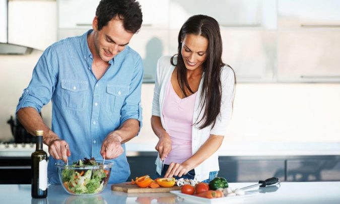 couple-making-dinner-1-675x405 5 Must-have Moments Every Couple Should Experience