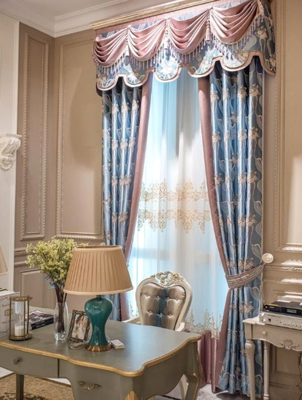 crystals-and-beads-4 7 Luxurious Blackout Curtain Ideas That Will Turn Your Window into a Piece of Art