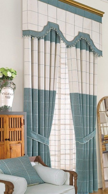 crystals-and-beads 7 Luxurious Blackout Curtain Ideas That Will Turn Your Window into a Piece of Art